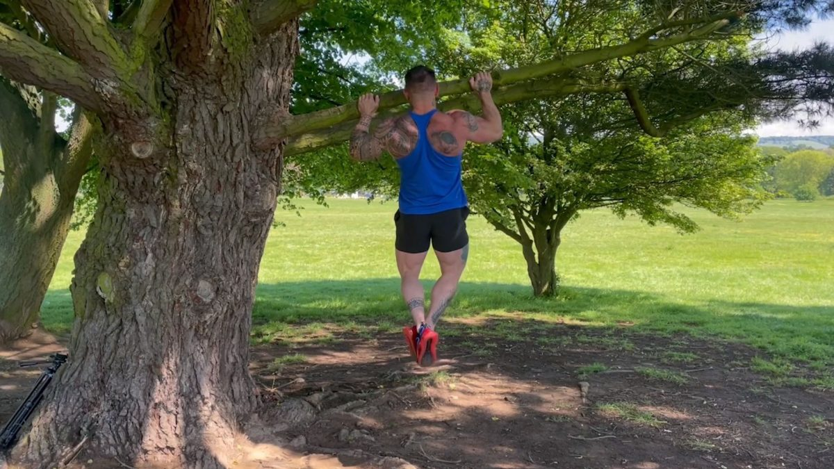 Pull Ups – Outdoors