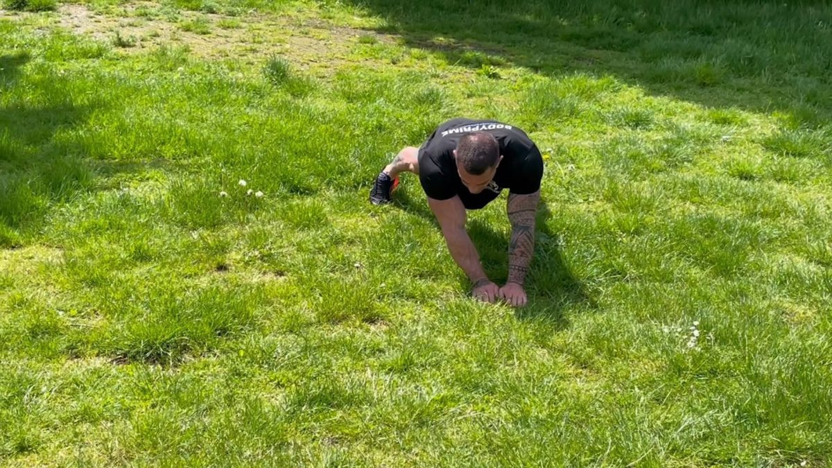 Side Crawls – Outdoors