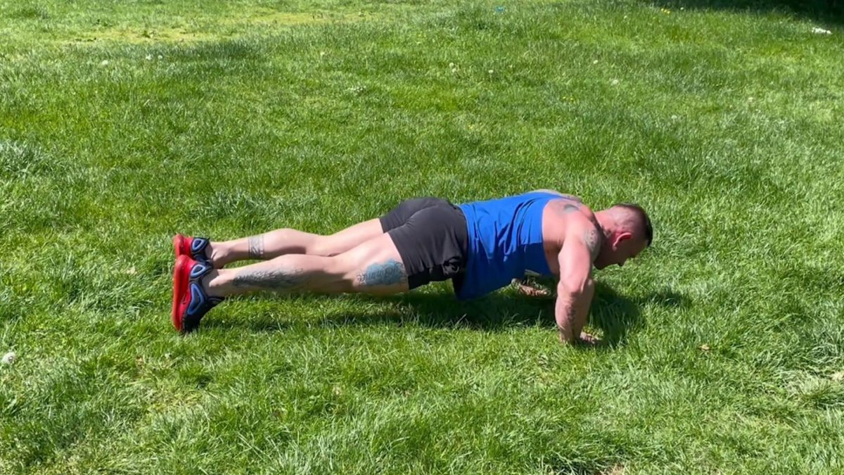 Walk Out To Press Up – Outdoors